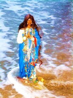 santasara1 4 Orações poderosas para Santa Sara / Santa Sarah Kali / Santa do Povo Cigano