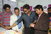 lot mobile store launch by allu arjun-thumbnail-19