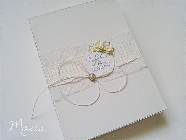 w bieli / in white