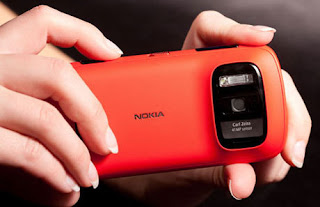 Nokia 808 PureView, Smartphone Kamera Terbaik