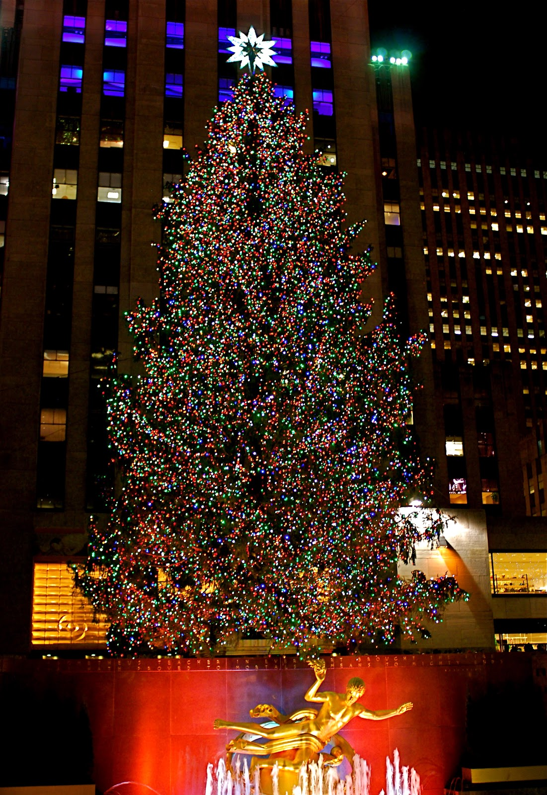 NYC ♥ NYC: It\'s Christmastime in the City