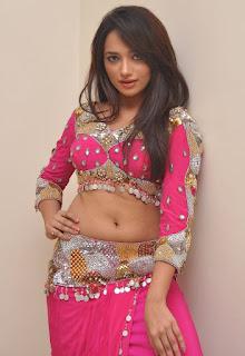 Actress Ziya 2.jpg