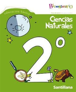 Los niños llevan el libro de Ciencias a casa para estudiar.