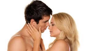 Daya Pikat Seksual: Bagaimana Cara Memamerkannya Pada Si Dia