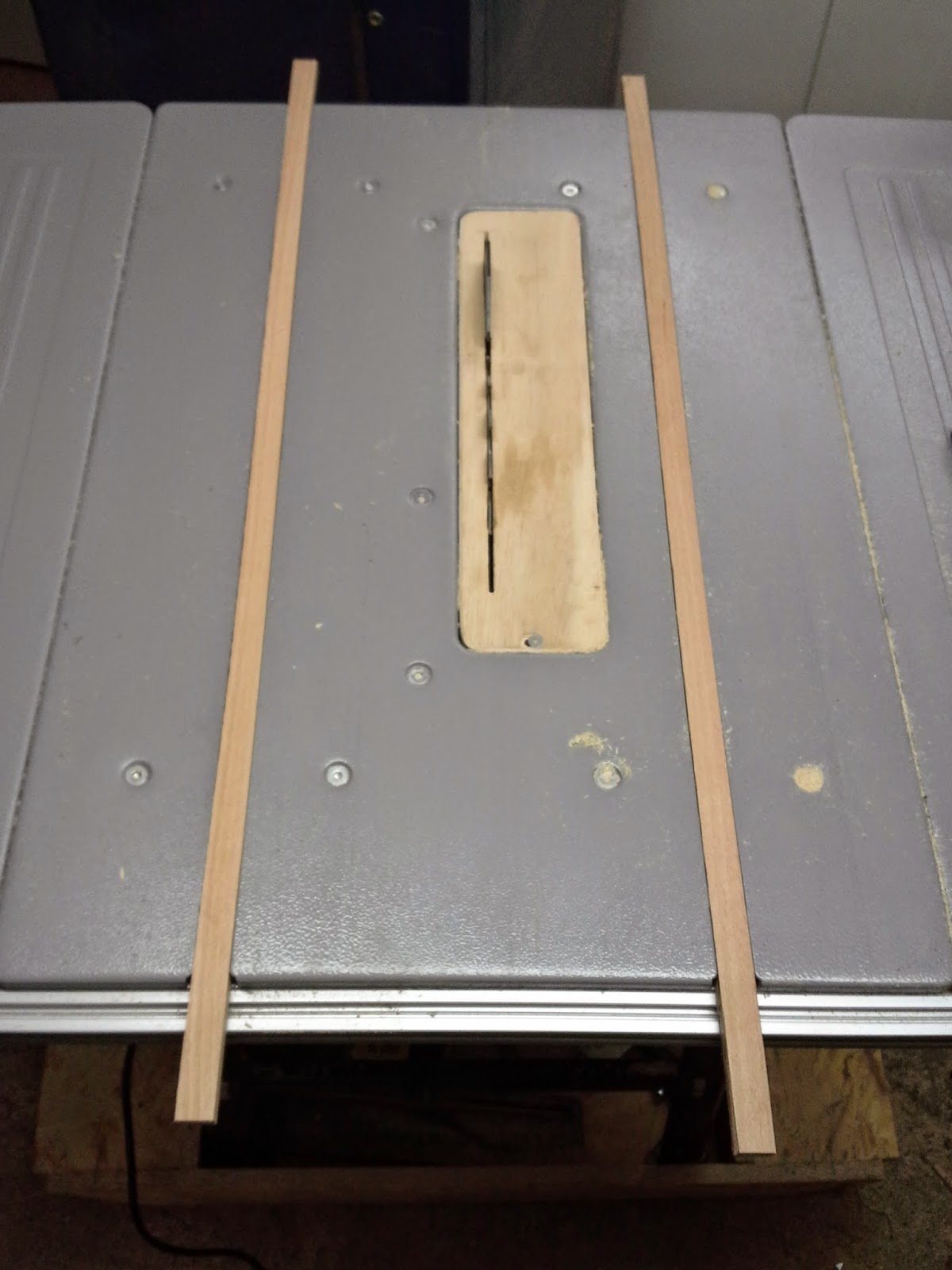 holz und metall ein heimwerkerblog schiebeschlitten f r. Black Bedroom Furniture Sets. Home Design Ideas