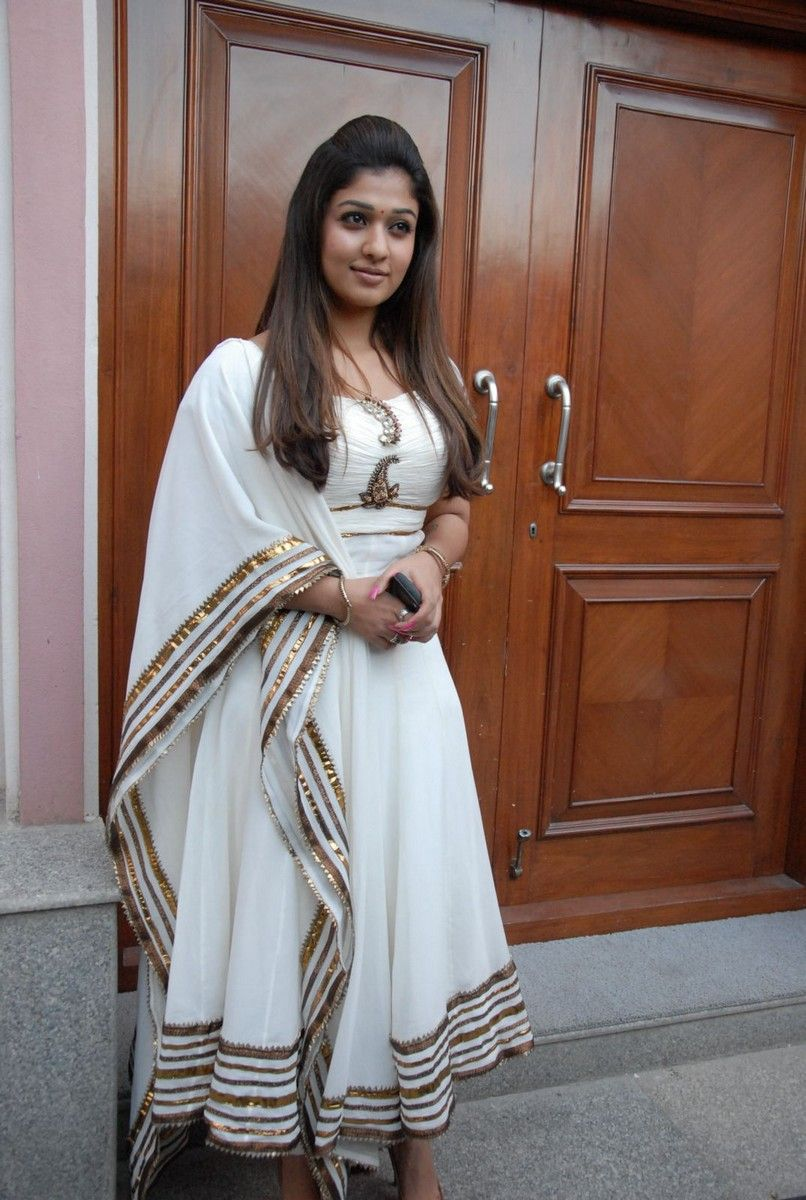 MY COUNTRY ACTRESS: Nayanthara in White Churidar Stills at ...