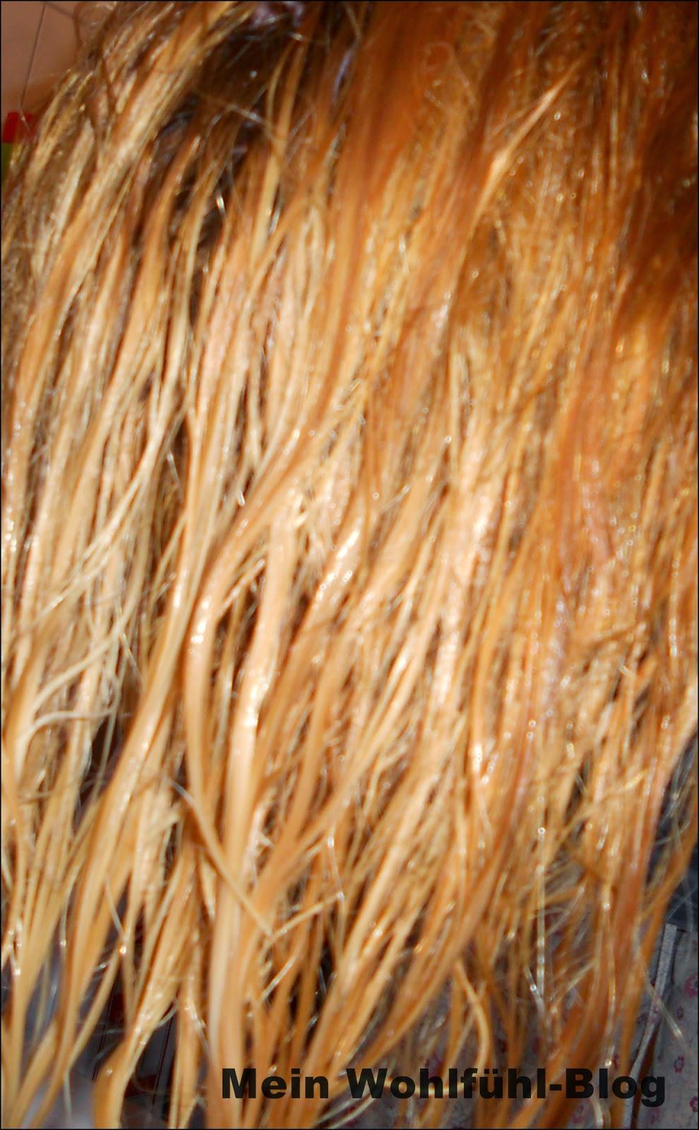 Die Masken für das Haar mit dem Ei und dem Honig vom Haarausfall