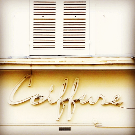 coiffure vintage paris signs