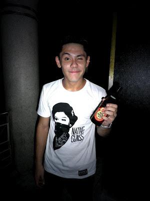 Louis Isok of WilaBaliW rocks Imelda | Awesome in Manila