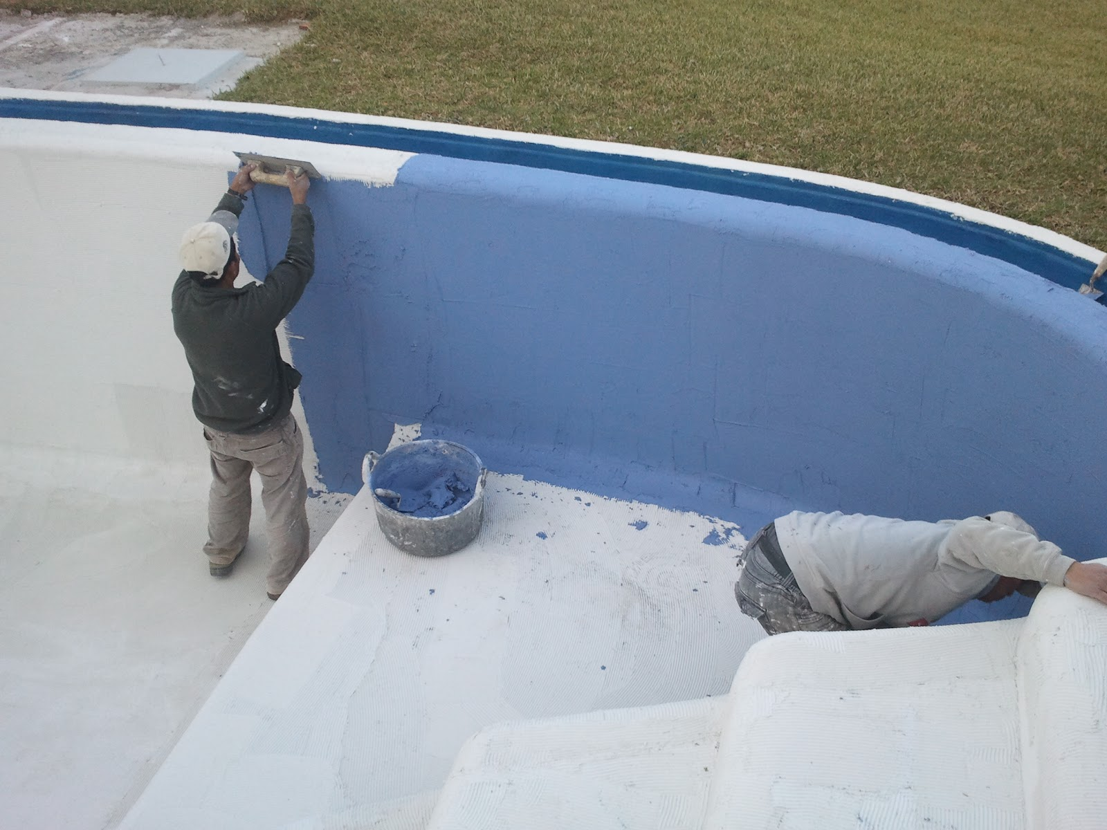 Reformas julio camarena piscina de cemento pulido for Construccion de piscinas en concreto