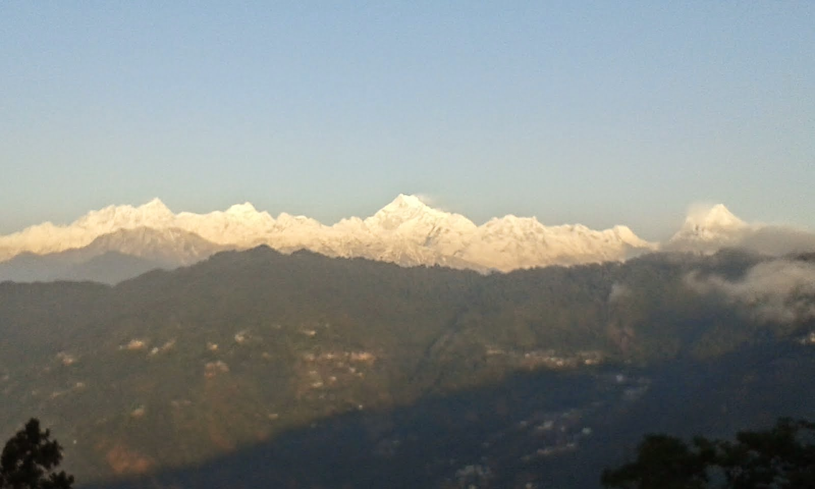 Another view of full snow around  Mt Kanchendzonga