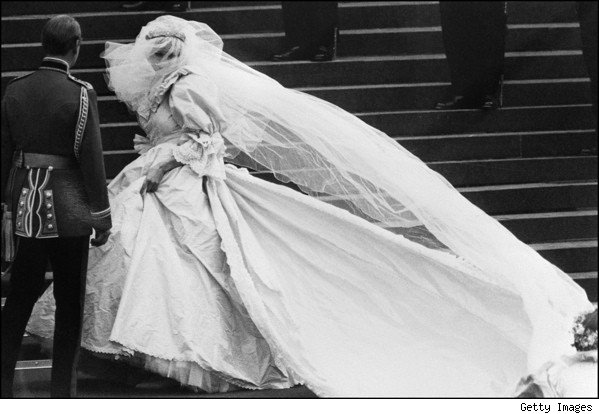 princess diana wedding dress pictures. I saw Princess Diana#39;s wedding