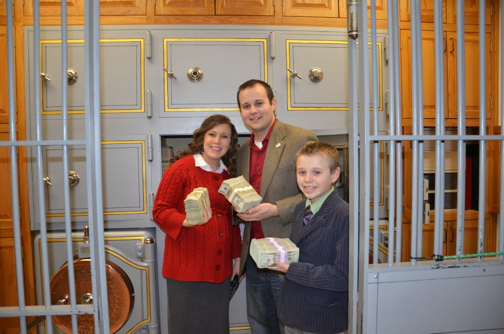... Michelle Duggar 19 Kids and Counting: Duggars at the Treasury (Photos