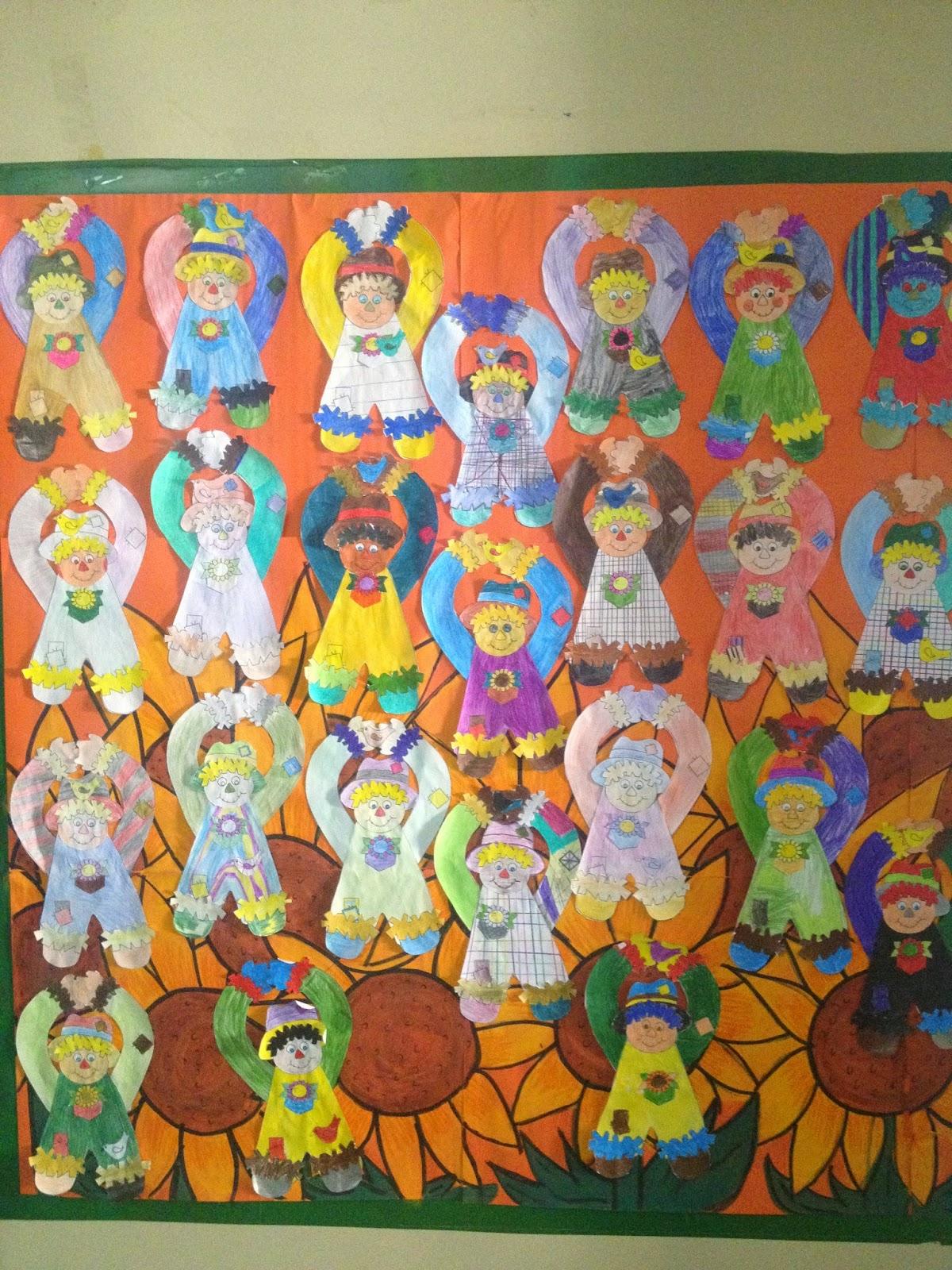 Sosprofessor atividades festa junina mural espantalho for Mural de natal 4 ano