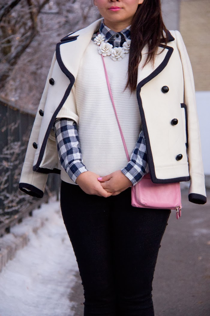 Statement-Necklace, Plaid-Shirt, Sweater, Pink-bag