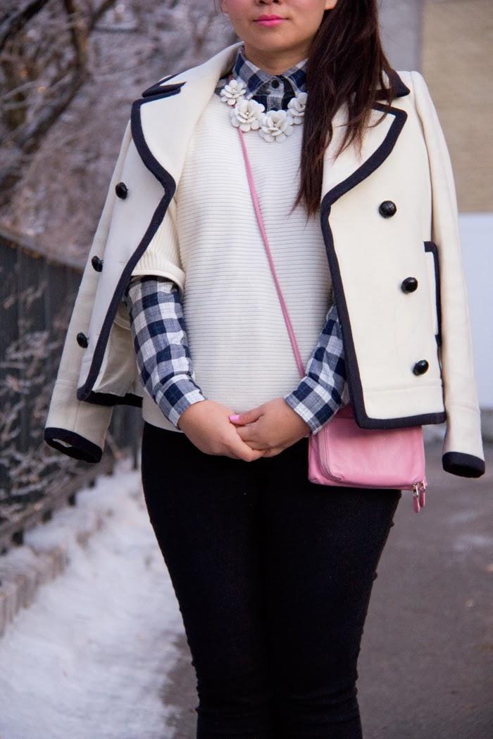 Statement-Necklace, Plaid-Shirt, Sweater, Pink-bag