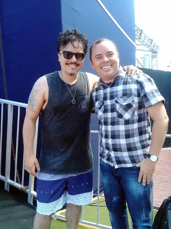 O cantor Luciano Nassiyn (Ex-Trem da Alegria)