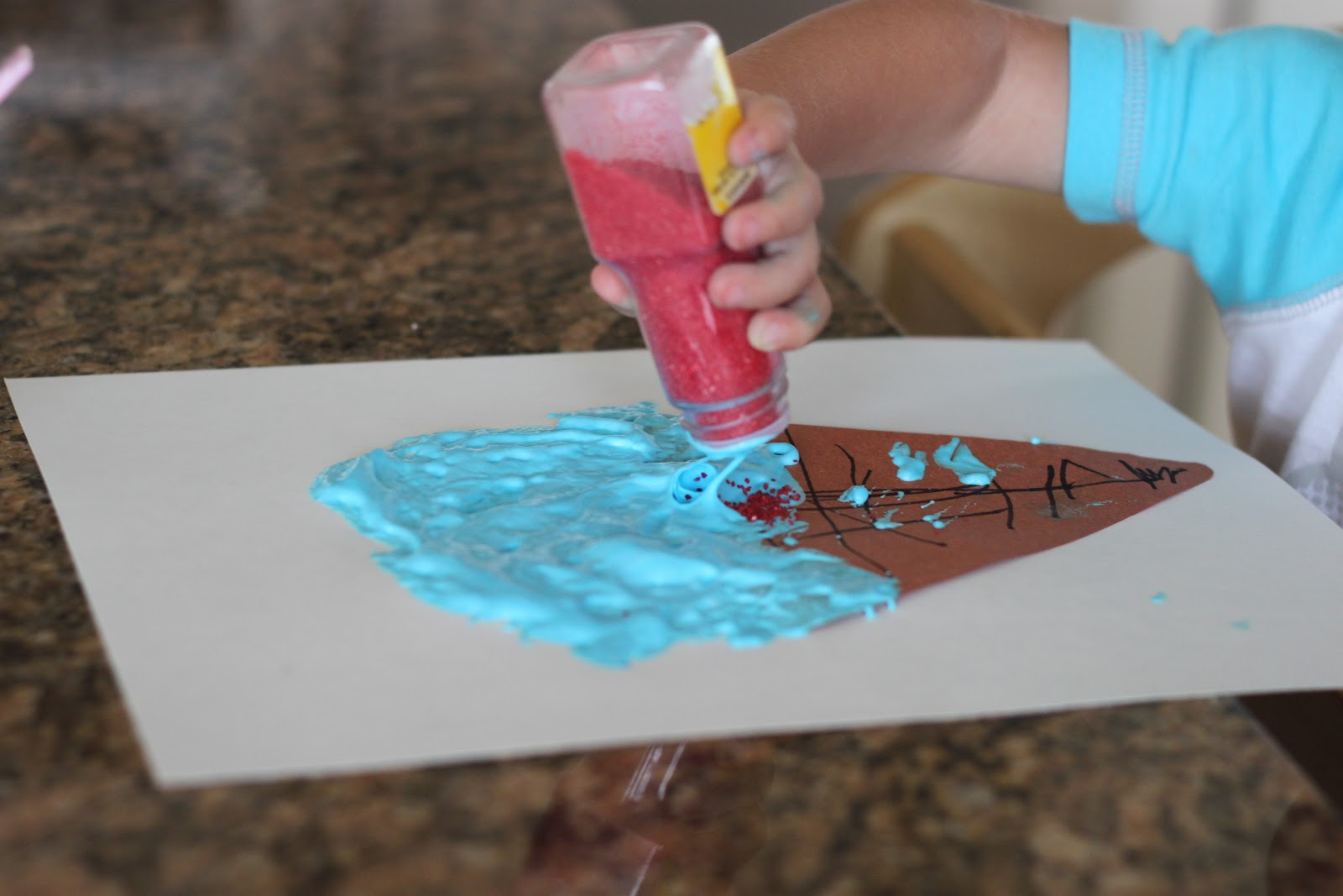 Playing house ice cream cones craft for kids for Ice cream cone paper craft