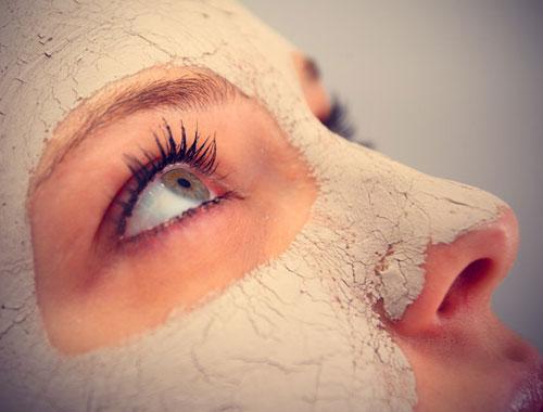اكتشفي فوائد الخميرة على بشرة وجهك