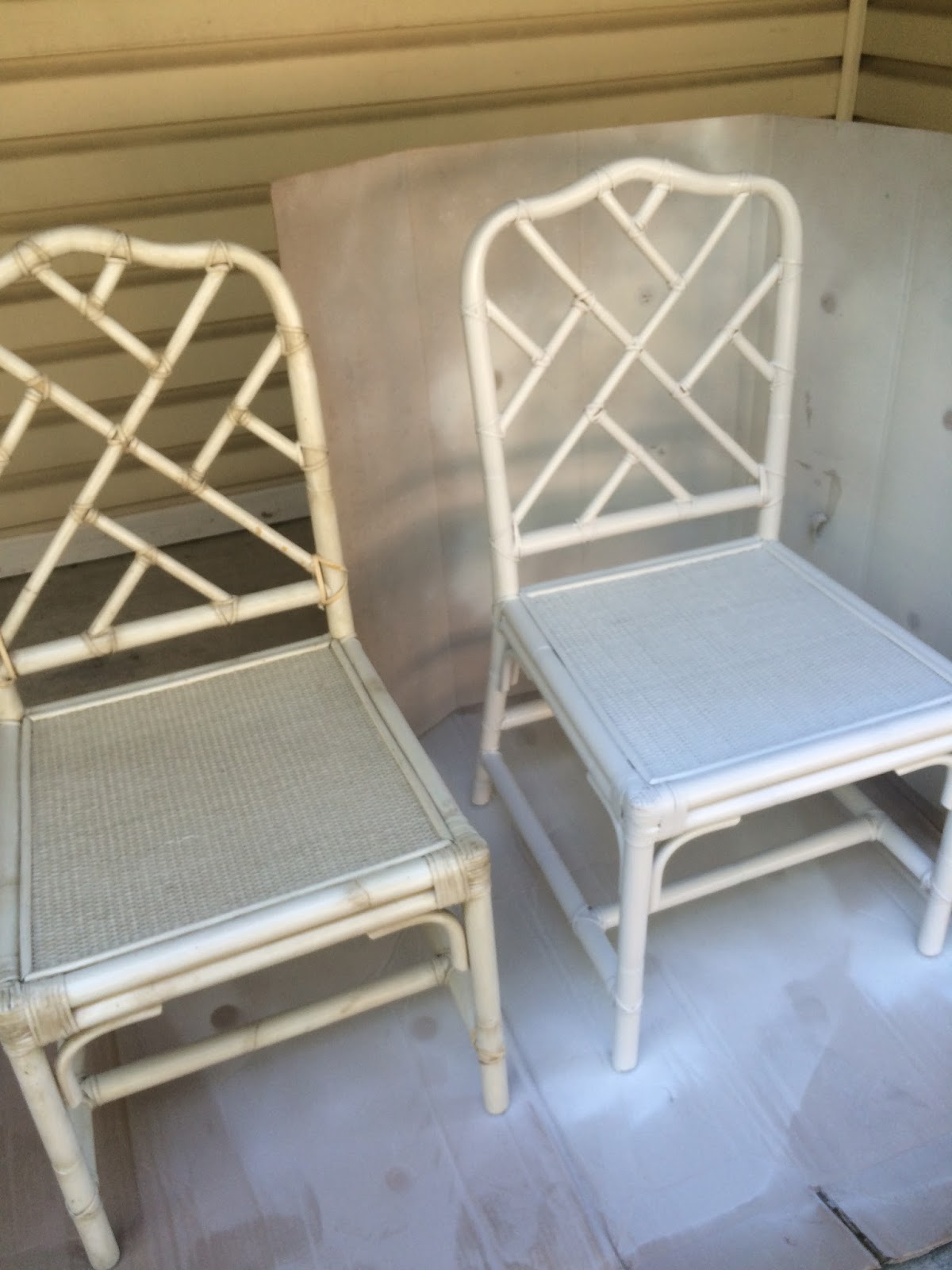 Bamboo chippendale chairs - Here Is One Chair Before Painting Next To A Chair That Had One Coat Of White Paint Even One Coat Made Such A Huge Difference