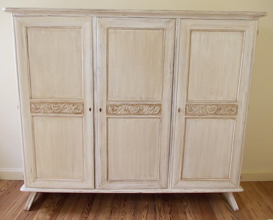 Deco project reciclados de muebles y objetos funes for Muebles antiguos pintados de blanco