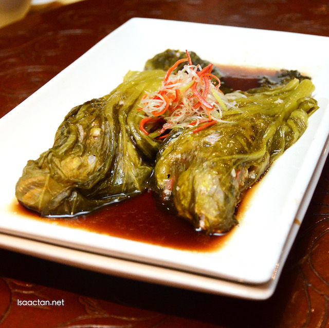 Traditional Steamed Tiger-Toothed Croaker with Pork, Ham and Garlic Wrapped with Aromatic Chinese Cabbage - RM98