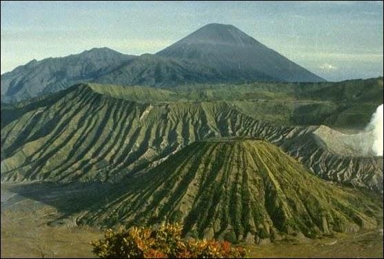 Kaldera Tengger - Daftar Tempat Wisata untuk Liburan di Bromo