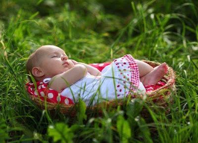 download beautiful picture of lovely cute baby child sleeping