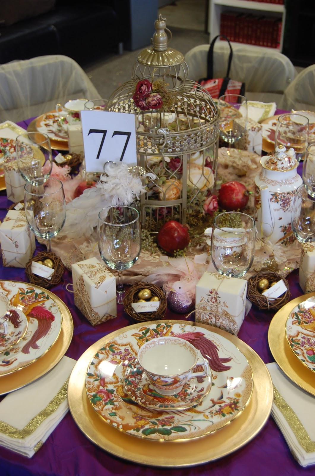 One fabulous mom christmas tea party setting the perfect Christmas party table settings