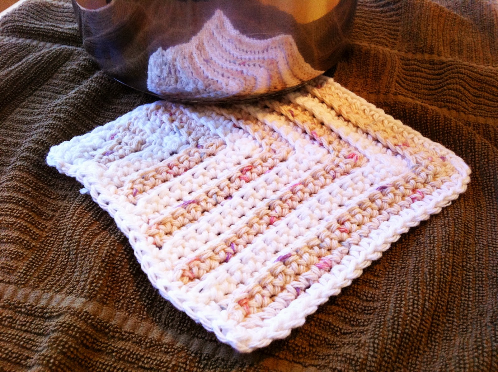 Free Pattern Mitered Dishcloth Knitting : Design Adventures: Mitered Square Dishcloths