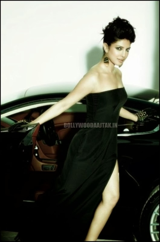http://2.bp.blogspot.com/-Fhj8uA_Jxiw/Utm8y3ZxzZI/AAAAAAAAh-Y/e0Cwm80lI5k/s1600/Priyanka+Chopra+Filmfare+Magazine+Photoshoot+Images+(1).jpg