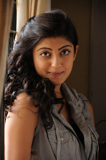 Pranitha Stills From Shakuni Movie [Andhrula Music]