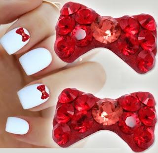 http://www.bijuteriifrumoase.ro/cumpara/cristale-unghii-ltsiam-bow-tie-u05-8mm-1404