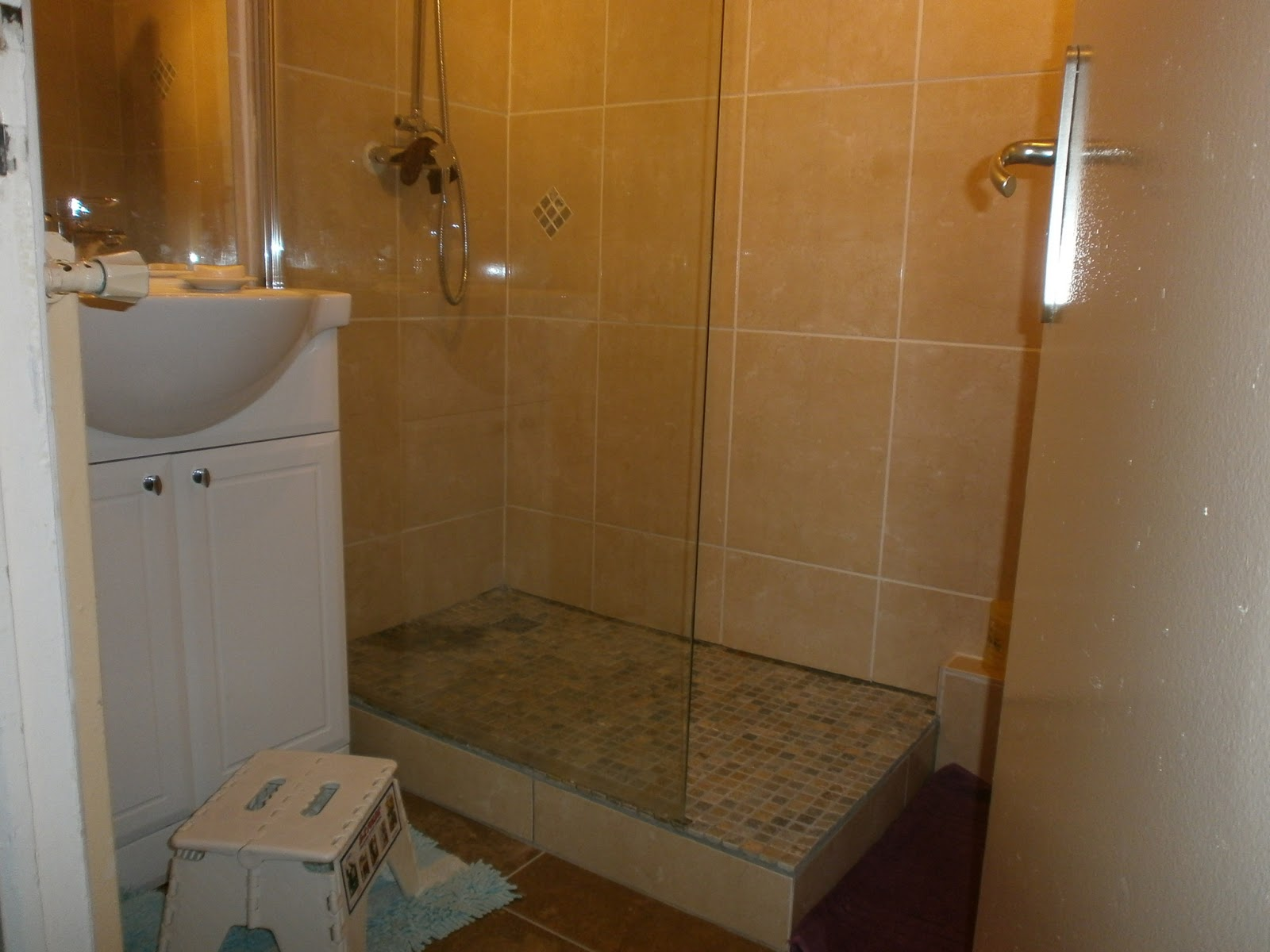 Grenoble entreprise de carrelage concept design et for Photos de douche a l italienne