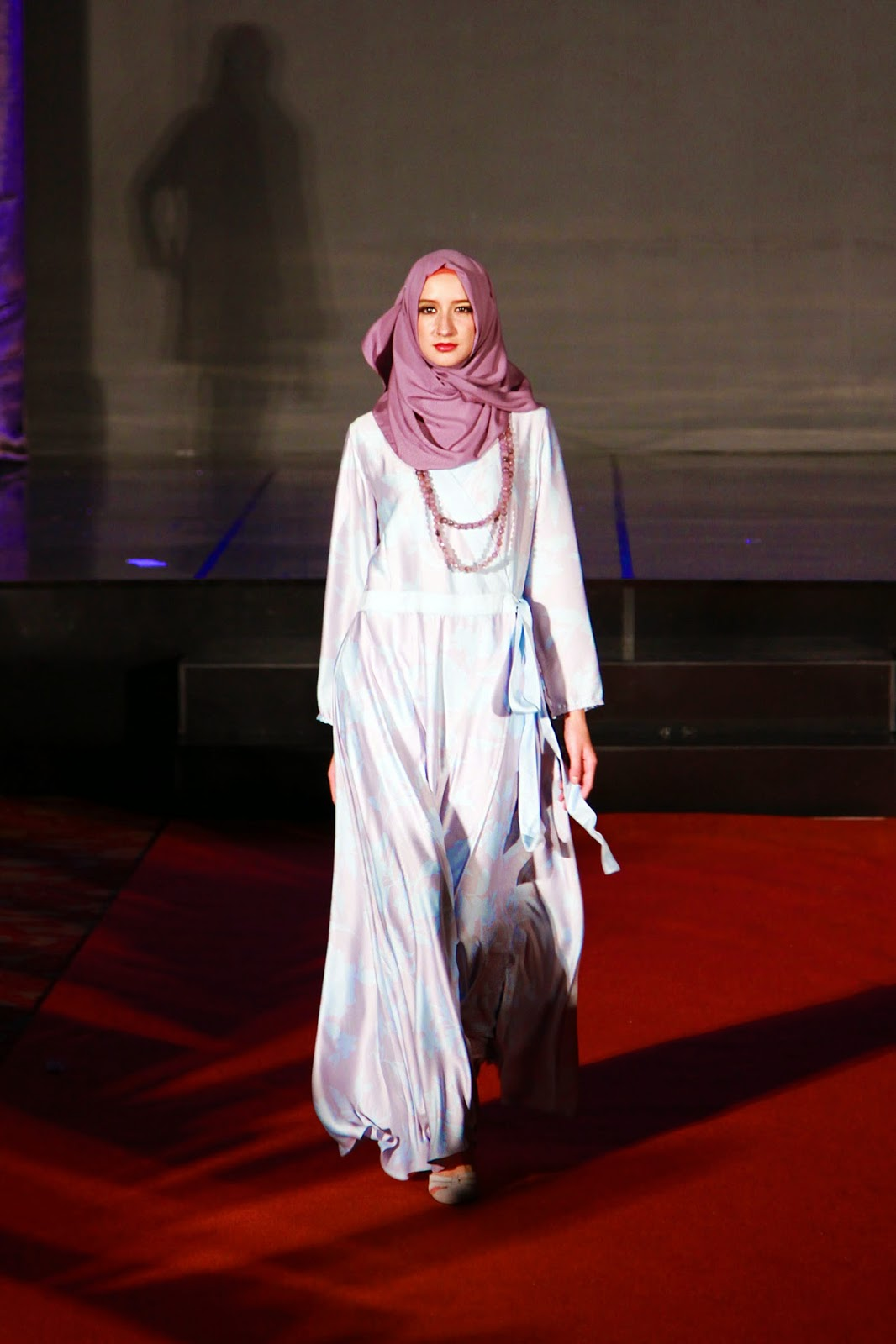 Tiga Desainer Muda Pamer Koleksi Busana Muslim Education