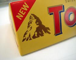 Makna Tersembunyi dari 40 Logo Terkenal di Dunia: Logo Toblerone