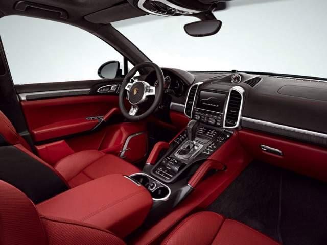 Porsche Cayenne Turbo S 2013 interior
