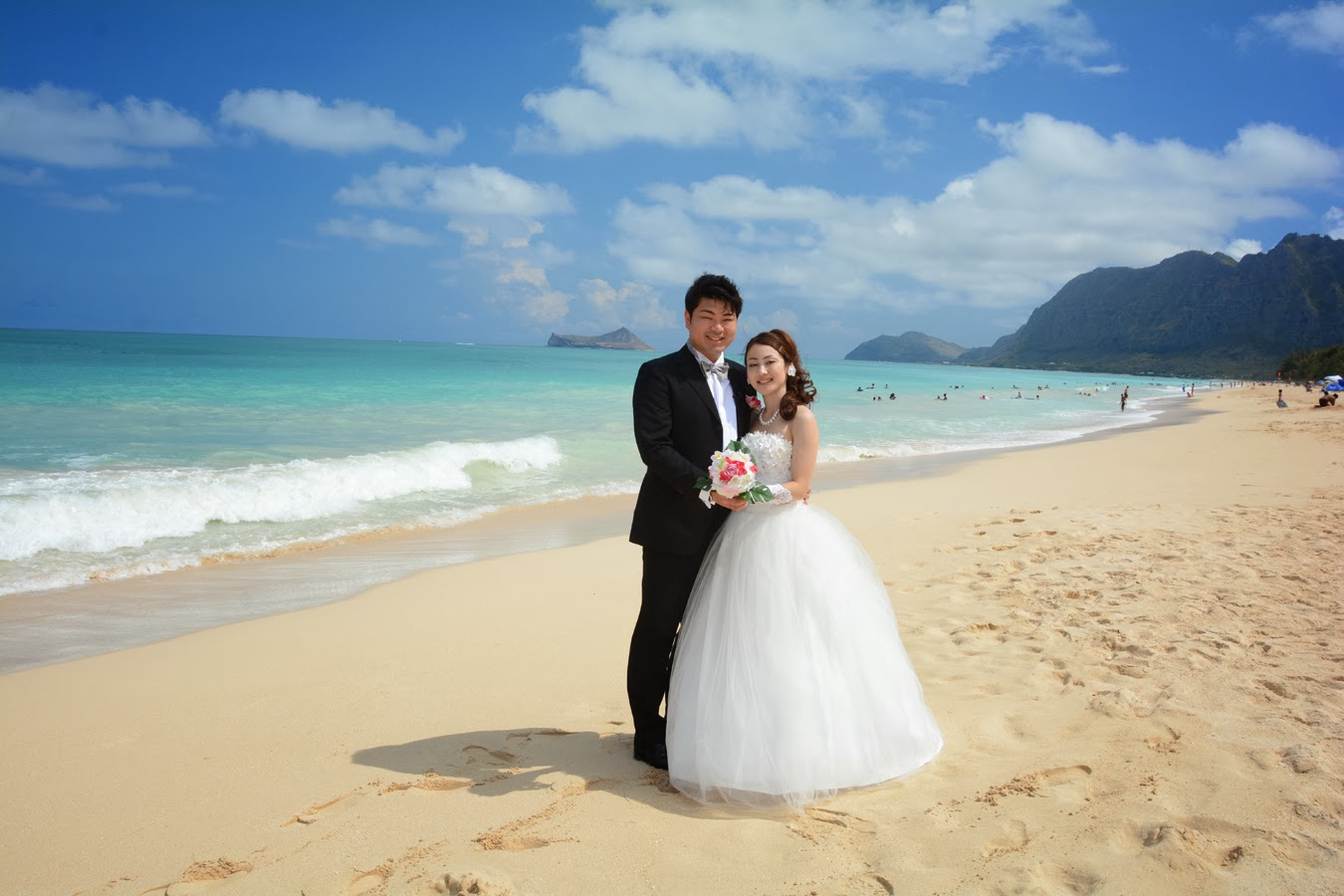 Waimanalo Beach Weddings - Bridal Dream Hawaii
