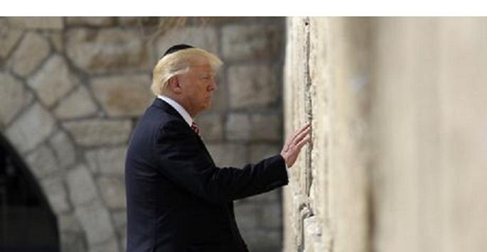 Για πρωτη φορα Αμερικανος Προεδρος στο Τειχος των Δακρυων!