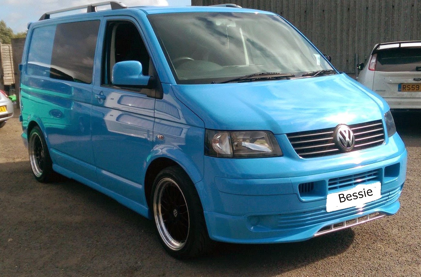 VWT5 2004 new paint job and conversion