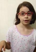 video de niña que habla sobre las princesas de los cuentos