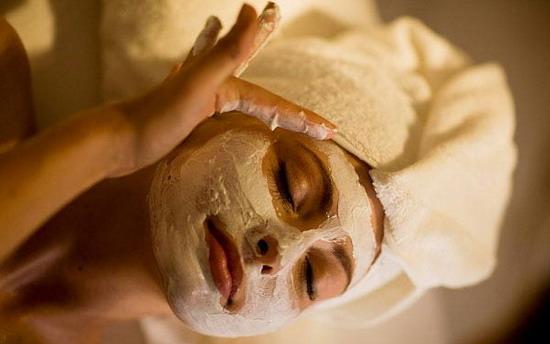 Cách làm mặt nạ yến mạch giúp đẹp da tại nhà