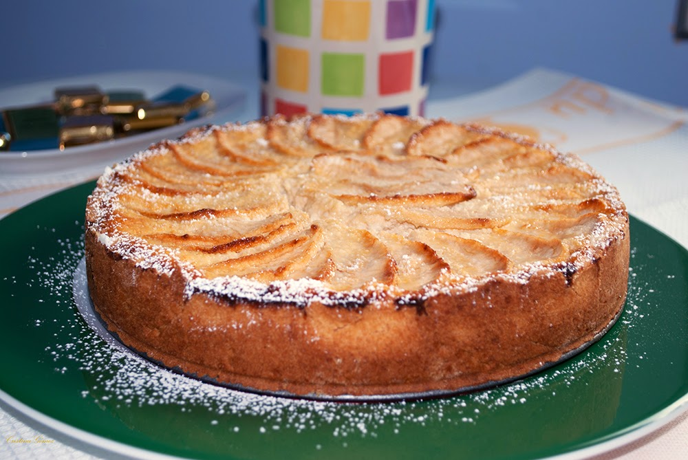 Mondays We Cook: Ricotta and Apple Cake