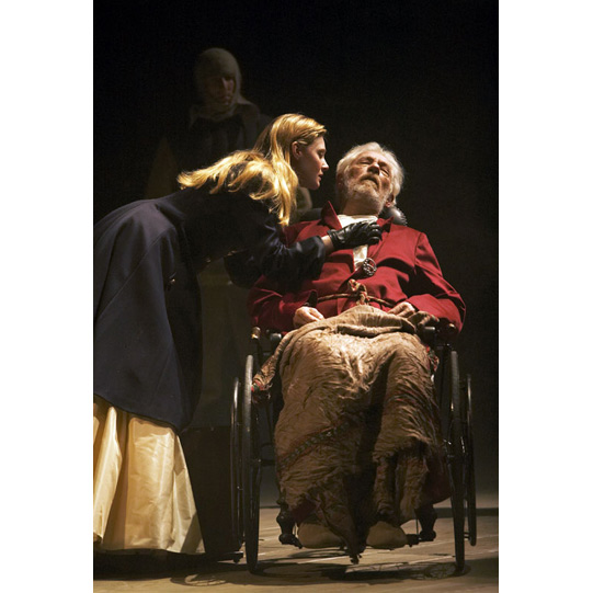 king lear parent-child relationships essay Single parenting and family dynamics then and now: king lear suffer all the trials and tribulations of parent-child relationships that students wade through with.
