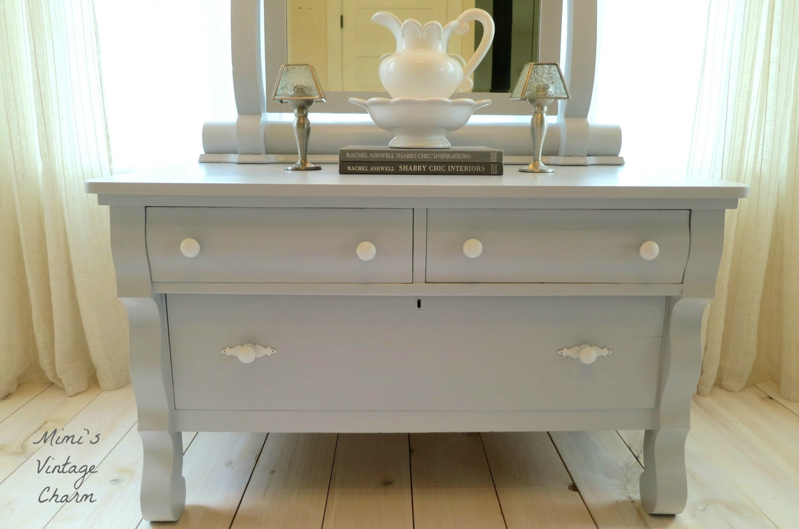 french country bathroom vanity viewing gallery