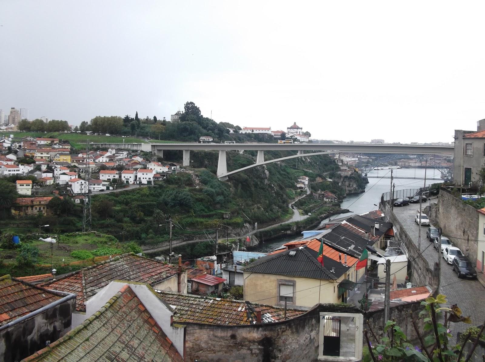harding england exploring porto portugal. Black Bedroom Furniture Sets. Home Design Ideas