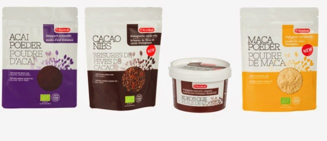 poudre d'açai, brisures de fèves de cacao, huile de coco, poudre de maca