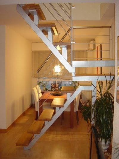 1000 images about escaleras on pinterest stairs loft for Escaleras interiores