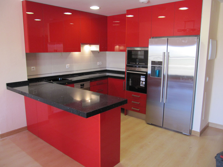 Cocisan cocina luxe rojo sin tiradores - Cocina sin tiradores ...