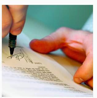 notarios y registradores de la Propiedad deben tener una postura más activa en defensa de los consumidores y usuarios